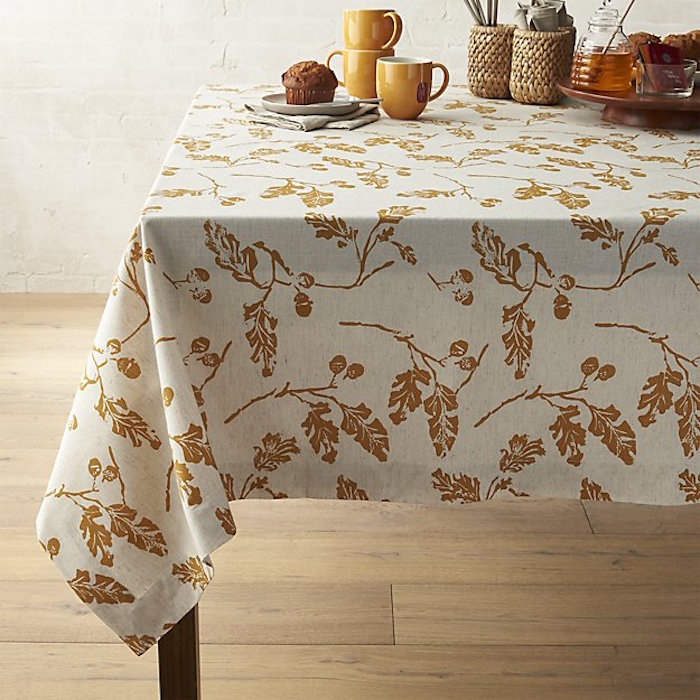 acorn-tablecloth